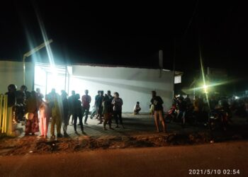 Warga mendatangi Lapas Kelas II A Gorontalo, setelah mendengar kabar warga binaan Lapas Gorontalo keracunan.
