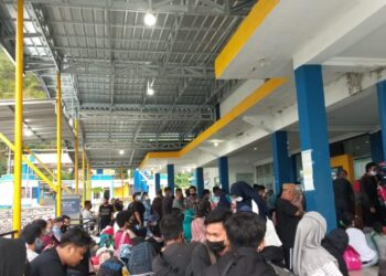 Situasi kerumunan di Pelabuhan Gorontalo
