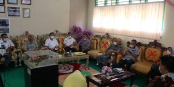 Komisi IV Dewan Provinsi (Deprov) Gorontalo, meminta kepada Dinas Pendidikan Pemuda dan Olahraga (Dikpora), agar dalam penyusunan pedoman pembelajaran harus lebih terperinci lagi.