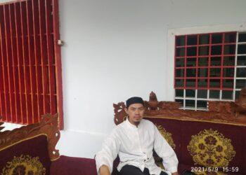 anak mantu dari Almarhum Yos Wartabone, Zulkifli Sunge
