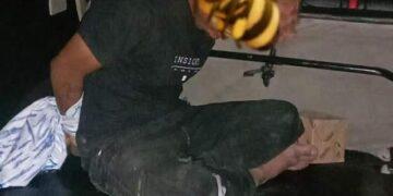 Pelaku ketika dibekuk aparat Kepolisian. (Foto : Tim Butota Polres Boalemo)