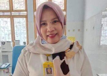 dr. Yeni Ahmad