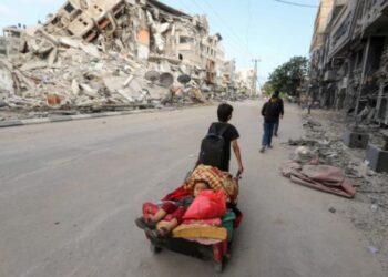Situasi di Gaza setelah serangan bersenjata dilakukan oleh Israel pada Jumat (14/5/2021). ANTARA FOTO/REUTERS/Mohammed Salem