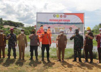 Dokumentasi peletakan batu pertama bangunan baru Pos Basarnas Pohuwato. (Foto : Istimewa)