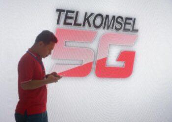 Jaringan 5G resmi beroperasi di Indonesia. Kementerian Kominfo telah mengeluarkan Surat Keterangan Laik Operasi (SKLO) Layanan 5G kepada PT Telkomsel sebagai provider pertamanya. TELKOMSEL