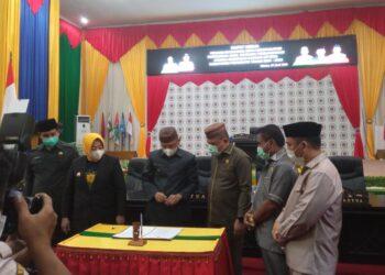 Penandatanganan nota kesepakatan awal RPJMD Kabupaten Pohuwato 2021-2026. (Foto : Istimewa)