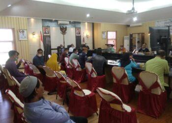 Rapat Koordinasi Kerja Sama Perdagangan Sapi oleh Pemkab Gorut bersama Pemkab Pohuwato, secara online. (Foto : Istimewa)