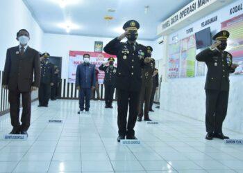Upacara HUT Bhayangkara ke 75 di Polres Gorontalo. (Foto : Istimewa)