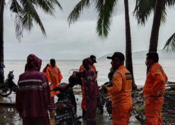 Tim Basarnas terus melakukan pencarian terhadap seorang nelayan hilang di Bilato. (Foto : Istimewa)