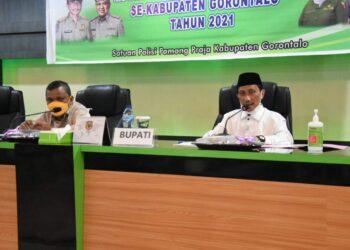 Nelson Pomalingo memimpin rapat koordinasi Mupika se-Kabupaten Gorontalo. (Foto : Istimewa)