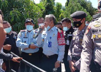 Pihak Imigrasi Gorontalo saat menerima para mahasiswa. (Foto : Prosesnews.id)