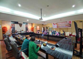 Pemkab Gorontalo Utara melakukan Zoom Meating bersama Kementrian P3A-RI. (Foto : Istimewa)